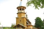 Деревяный храм в г.Пено