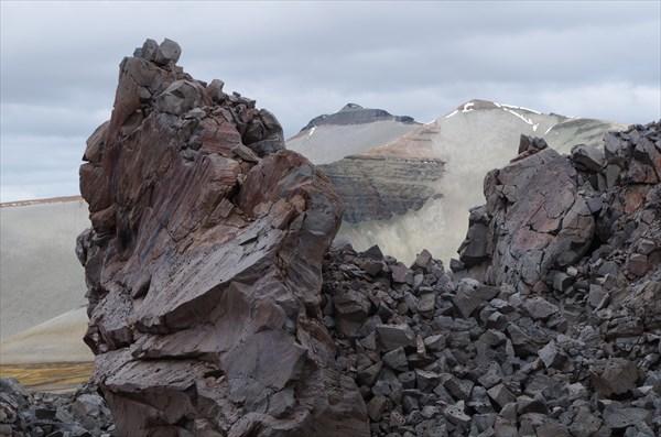 На вершине экструзивного купола Новарупты