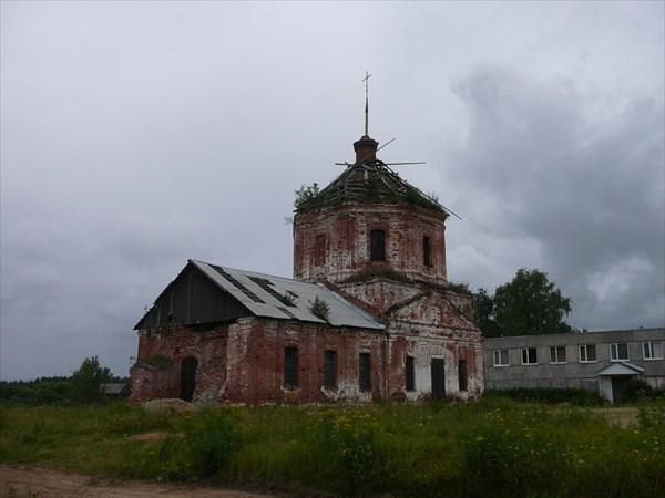 Мирславль. Церковь во имя Святителя и Чудотворца Николая