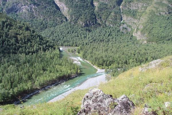Слияние рек Башкаус и Чебдар