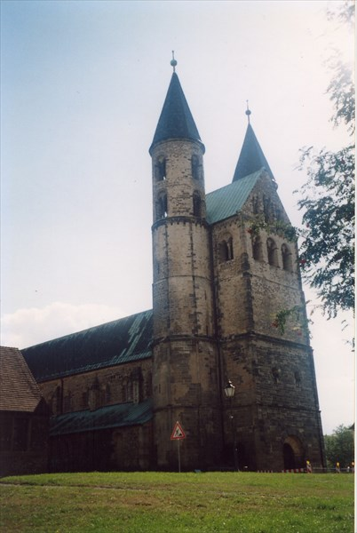 Гернроде,  церковь св. Кириака (Цириакускирхе; после 961)