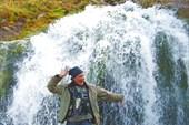Настоящий исток реки Большой Яломан - дырка в скале