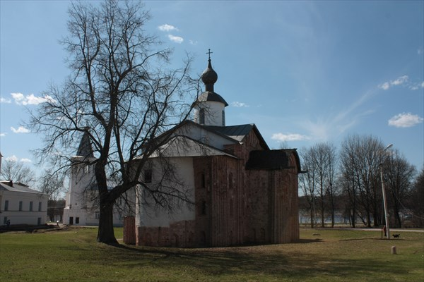Церковь Параскевы Пятницы на Торгу 1207