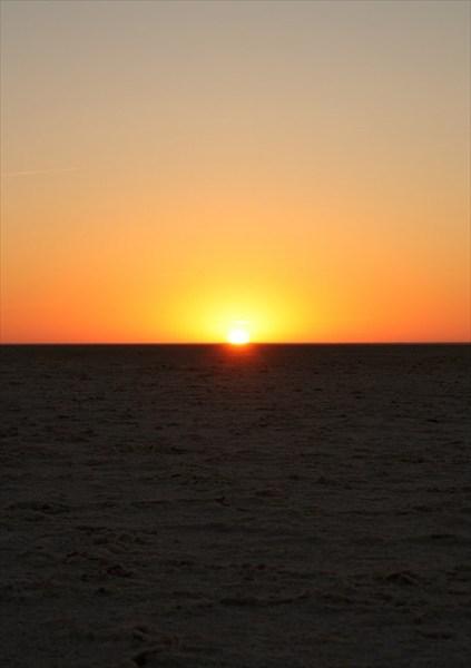 Солнце встает за пару минут
