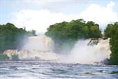 На этих водопадах они поставили собственную ГЭС