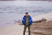 Это опять я  и река Сыня.