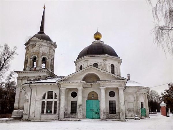 Ярополец, усадьба Гончаровых, Предтеченская церковь