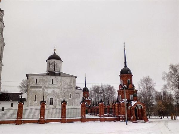 Волоколамск, Кремль, Воскресенский собор