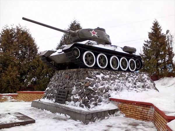 Волоколамск, памятник Т-34