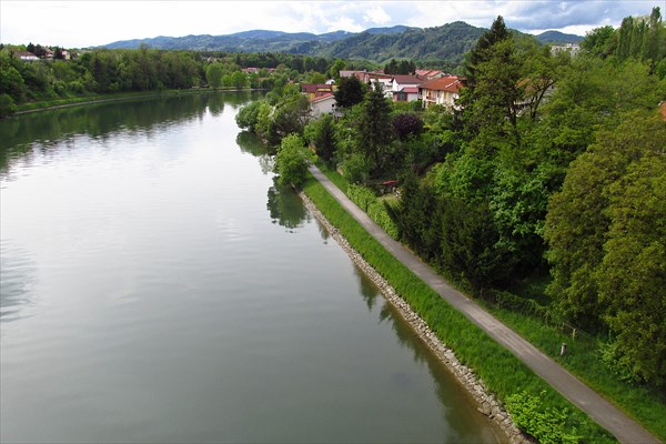 Река Драва