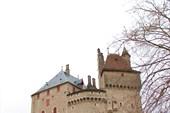 Замок Ментон Сен-Бернар