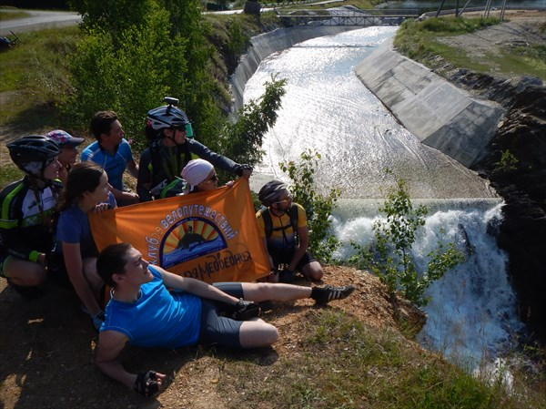 Висимо-Уткинский водопад на р. Межевой Утке.