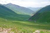 Вниз с перевала Кырк-Кыз