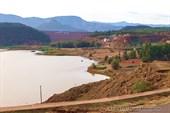 Озеро ниже водохранилища Barrage Moulay Yousself.