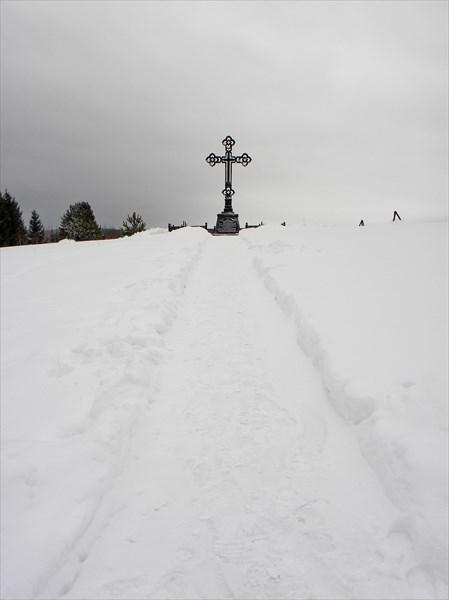 Поклонный крест у Симеонова камня
