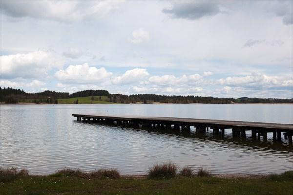 120.Озеро