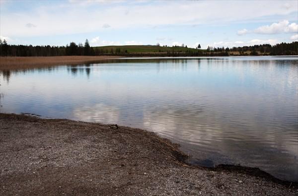 121.Озеро