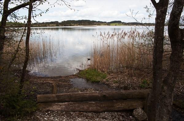 122.Озеро