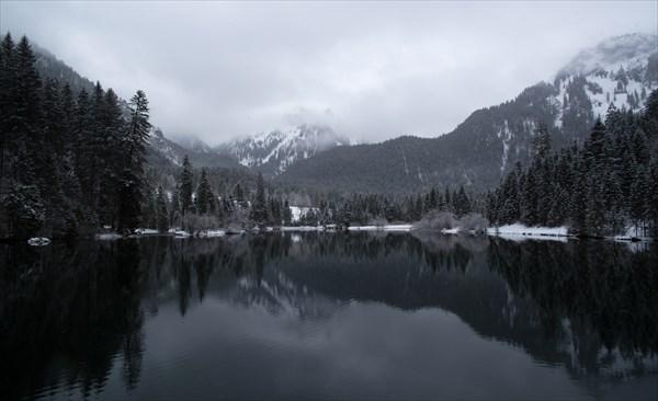 92.Озеро
