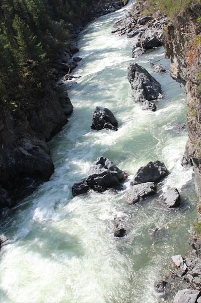Саратанский каньон пор. Камень предкновения