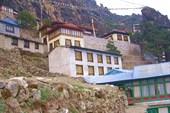 монастырь в Тхаме