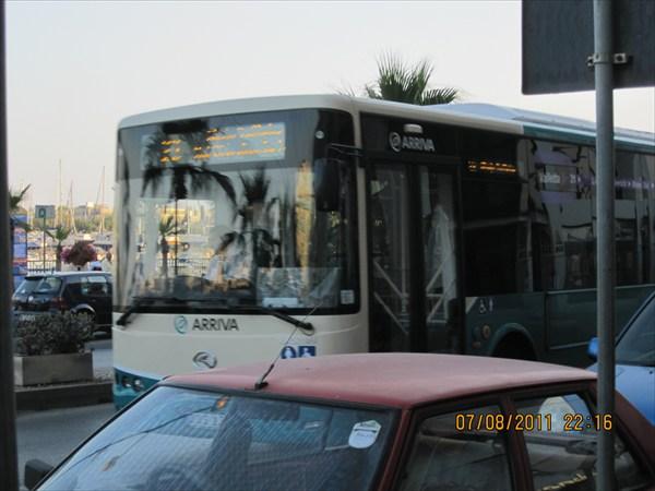 Все автобусы с тонированными стеклами
