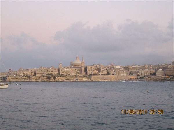Вид с моря на Валлетту