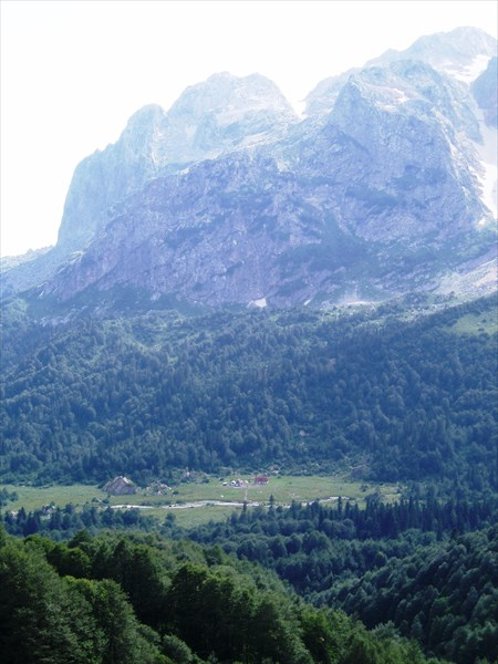 Вид на Фишт с Армянского перевала