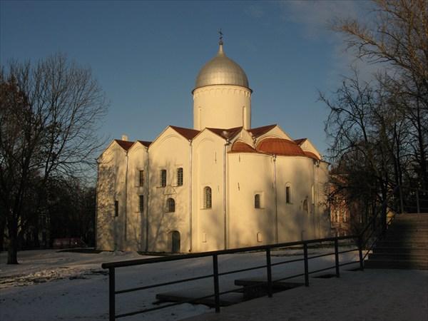 Церковь Иоанна Предтечи на Опоках, 1127, 1453 гг