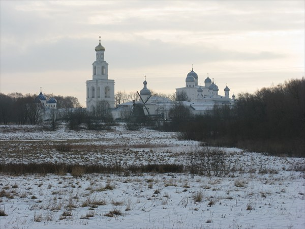Cвято-Юрьев монастырь, 1030 г. осн.
