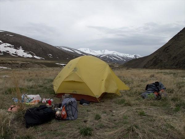 Ночевка перед первым перевалом