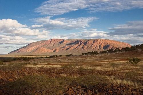 Mount_Augustus3