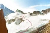 Вершина Тепли (слева) и подъем на перевал Сталь