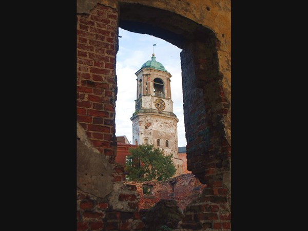 Вид на часовую башню
