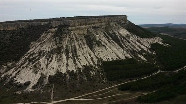 Вид на соседние горы