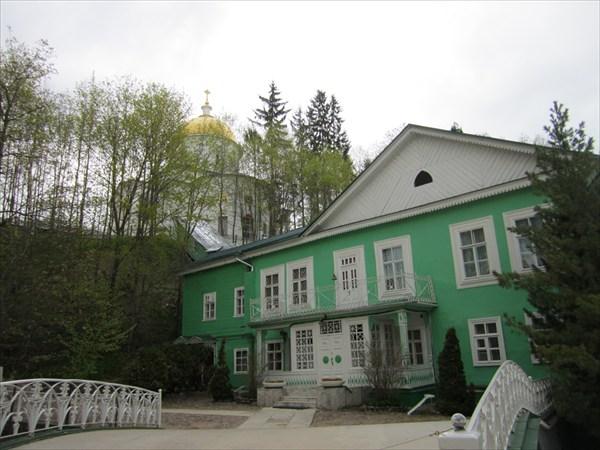 Дом наместника монастыря