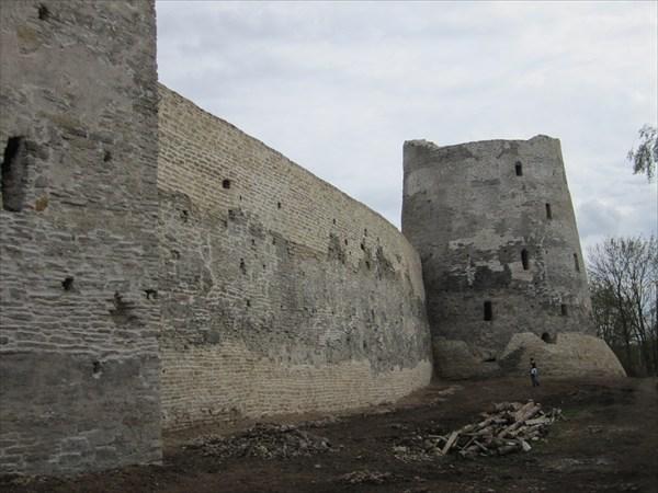 Две башни