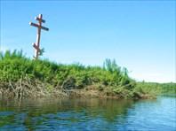 Щекурья, поклонный крест