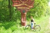 на велосипедах  вдоль Куршской косы