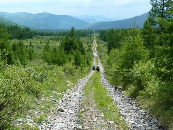 С перевала Озёрный