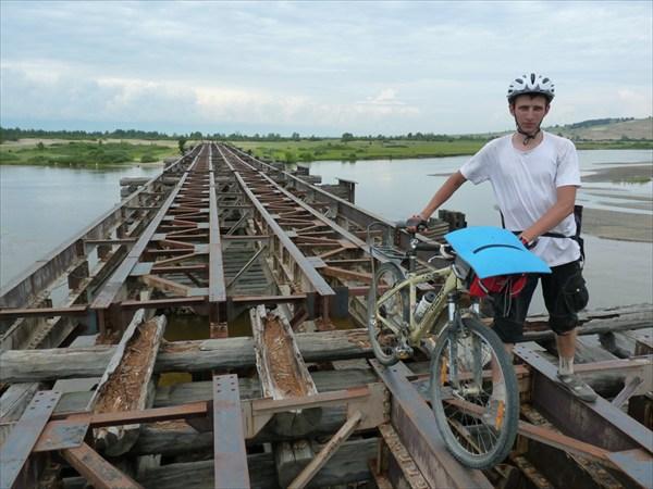 Чудо дорог России - мостовая металлоконструкция на р Аргада