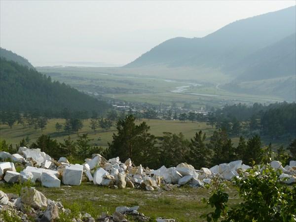 Вид на Бугульдейку с мраморного карьера.