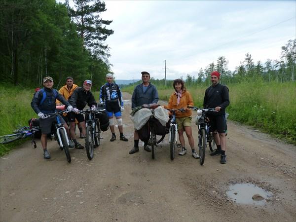 С велотуристами из Снежинска.