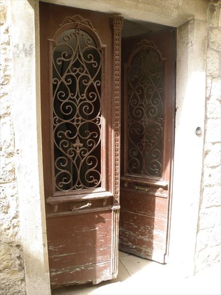 056-Двери