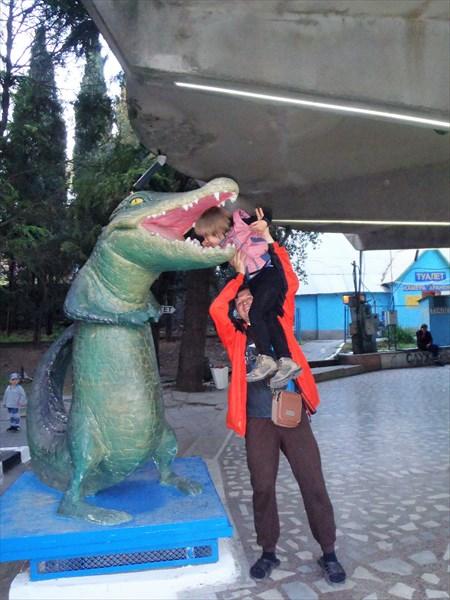 А что ел крокодил?