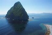 Остров - скала