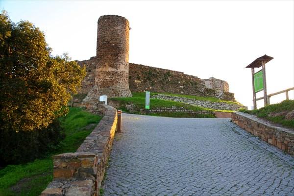 Крепость в Алежуре