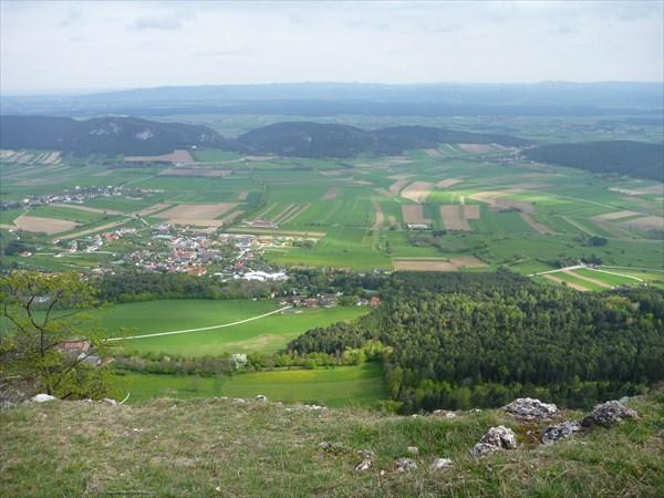 Забрались на Hohe Wand (высота  ок.900 метров)