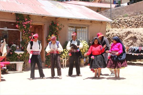 Танцы на острове Такиле