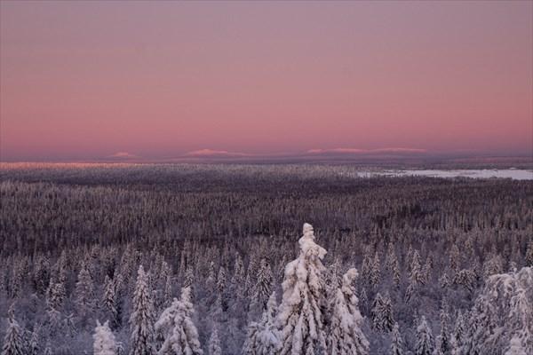 Вид  в сторону уральских гор. Закат.